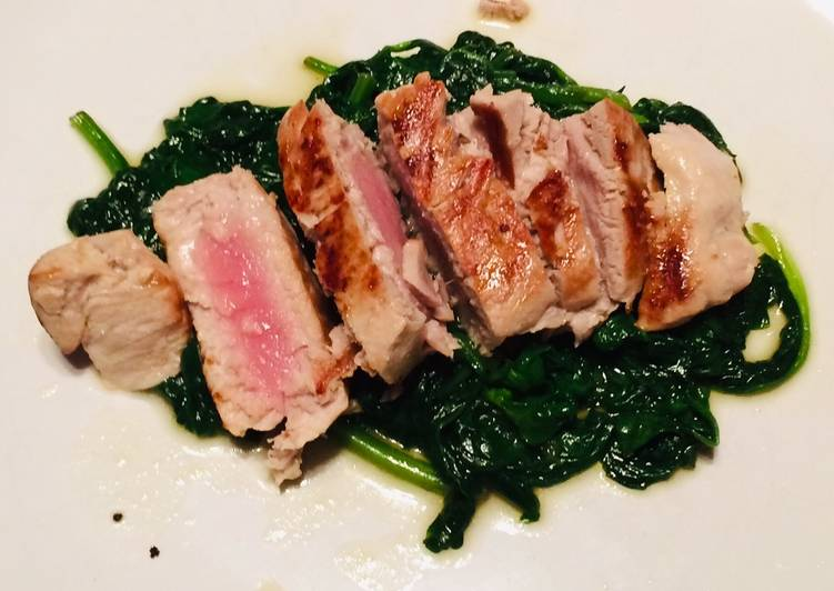 Living Greener for Good Health By Dining Superfoods, Grilled tuna with sauté spinach