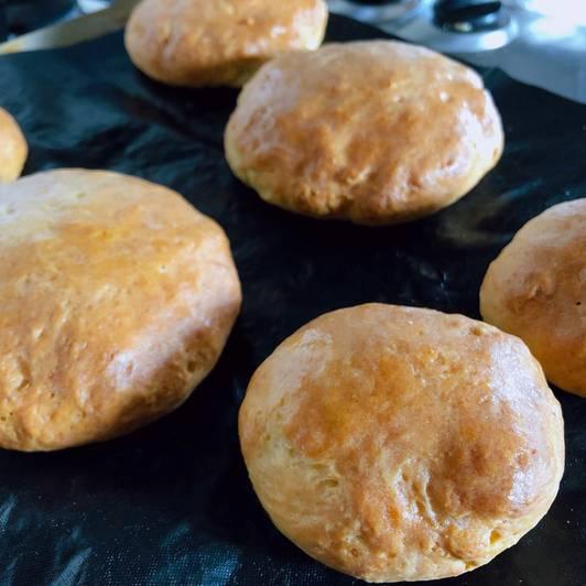 Αφράτα ψωμάκια χωρίς μαγιά