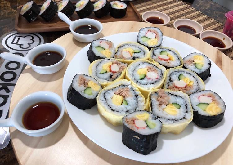 Recipe: Appetizing Japanese Sushi Roll