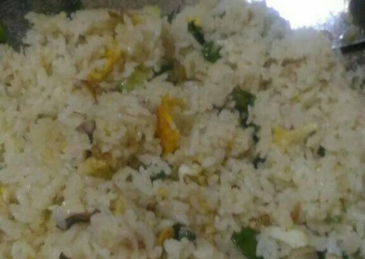 Resep Nasi Goreng Putih Simpel Favorit Suami Bikin Ngiler