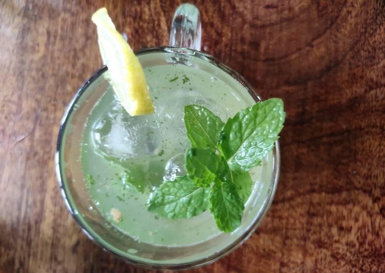 Steps to Make Ultimate Lemon mint juice