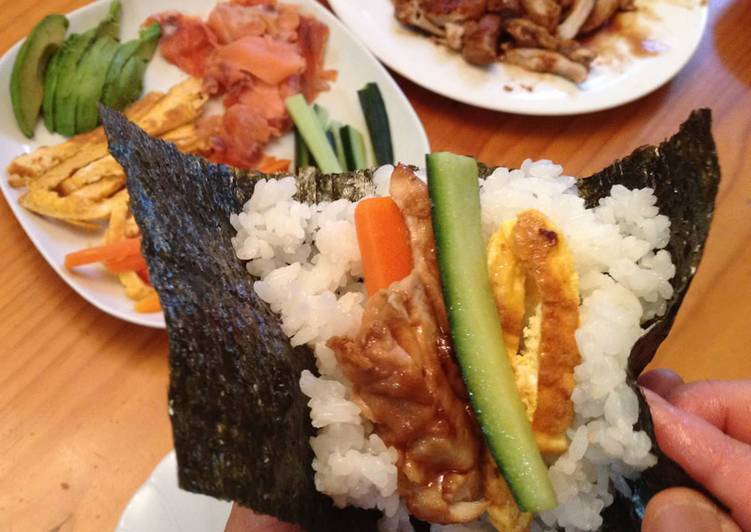 Temaki-zushi