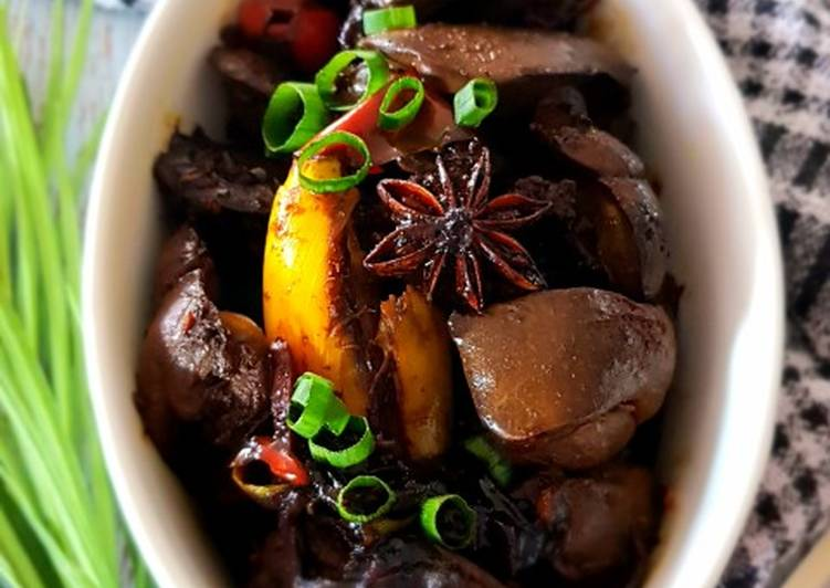 How to Prepare Homemade Sweet Spiced Chicken Liver in Dark Soy Sauce
