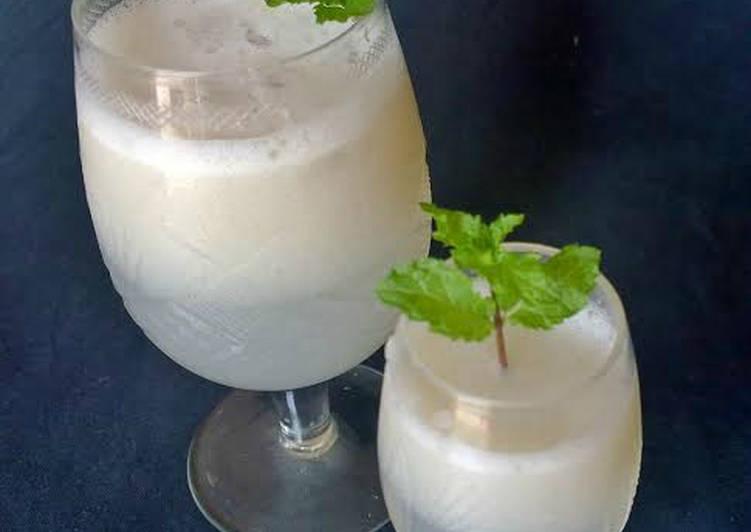Litchi lemonade