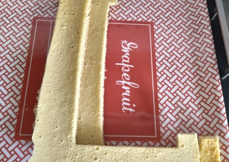 Letter cake base génoise