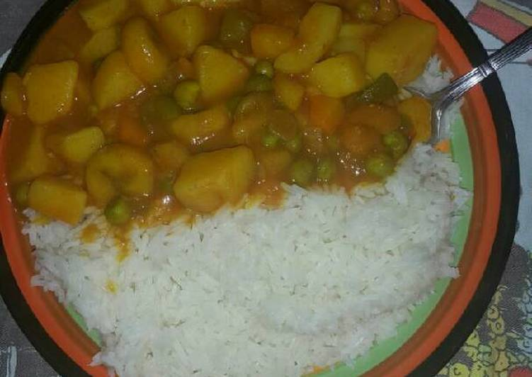 How to Prepare Perfect Rice with potato stew