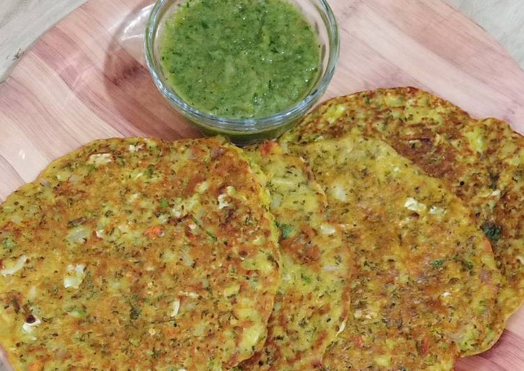 Recipe of Award-winning Healthy Sprouts Moong Chila Recipe/Rich Protein Recipe