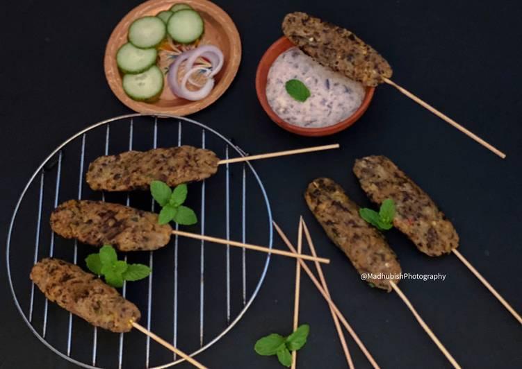 Recipe of Homemade Grilled Rajma Seekh Kabab with Rajma Dip