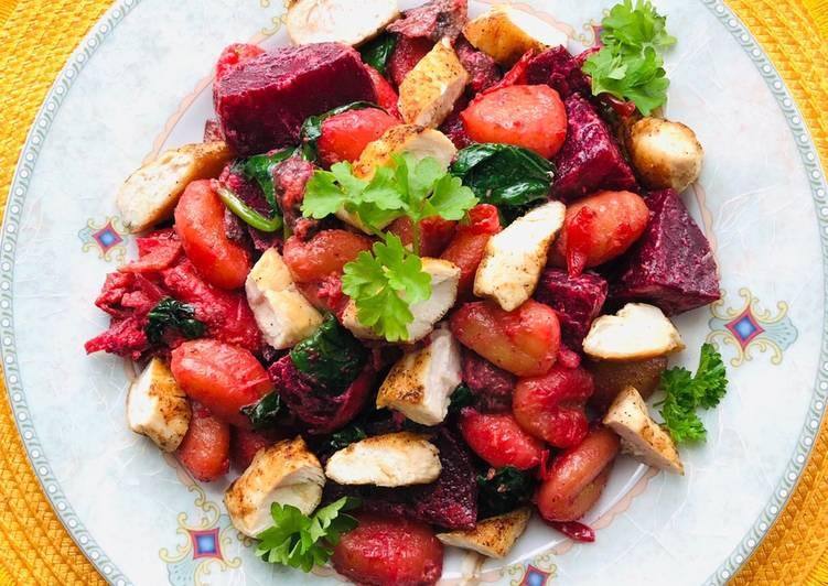 Gnocchi mit Pilzen und Rote Beete und Hähnchen Filet