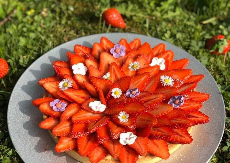 Tarte aux fraises 🍓 et sa crème citronnée 🍋
