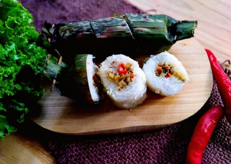 Arem-arem Bihun Isi Kari Daging