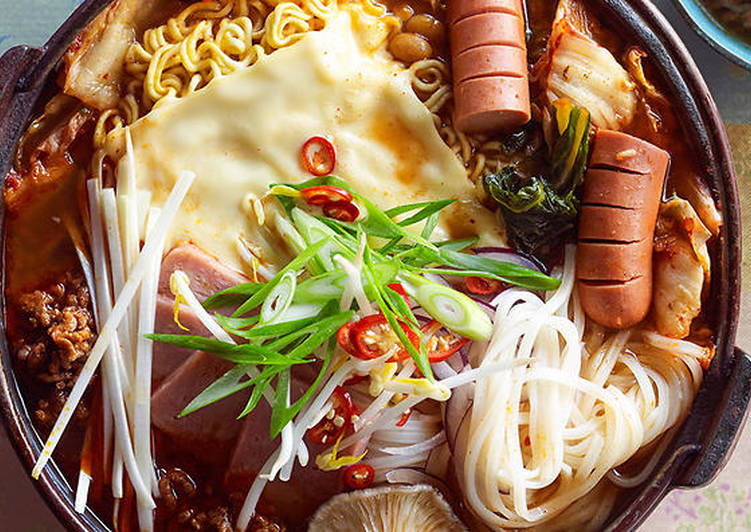 Recipe of Ultimate Budae jjigae