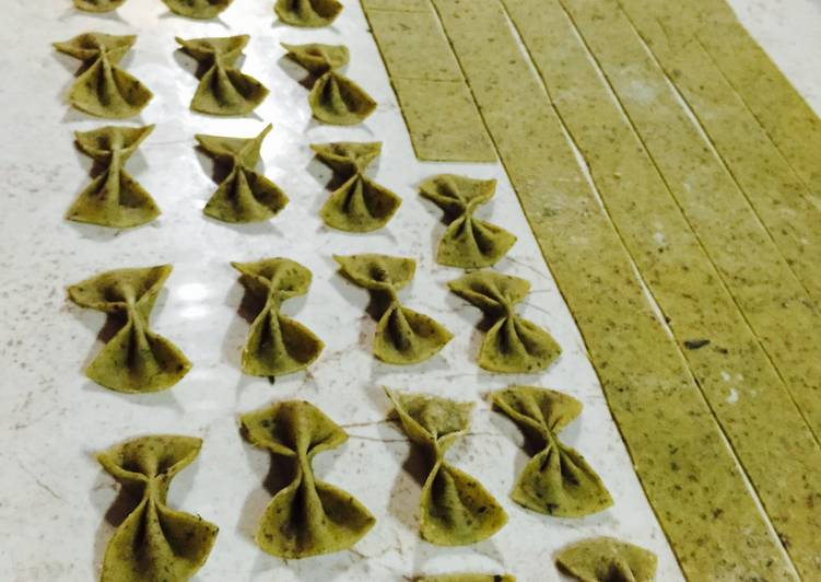 Eggless Basil and Chia Farfalle Home made