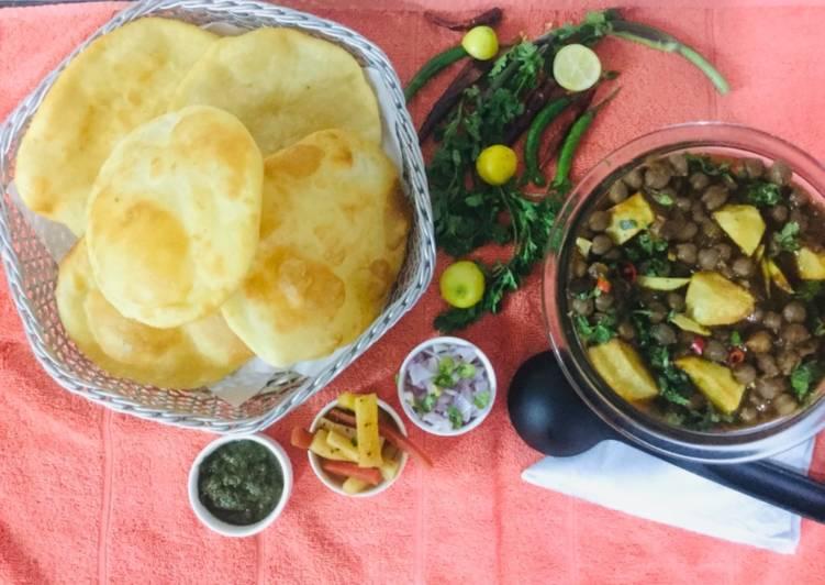 How to Make Award-winning Chatpatta Punjabi Channa-bhatura