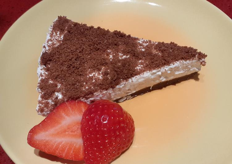 Cheesecake alla fragola e Pan di Stelle