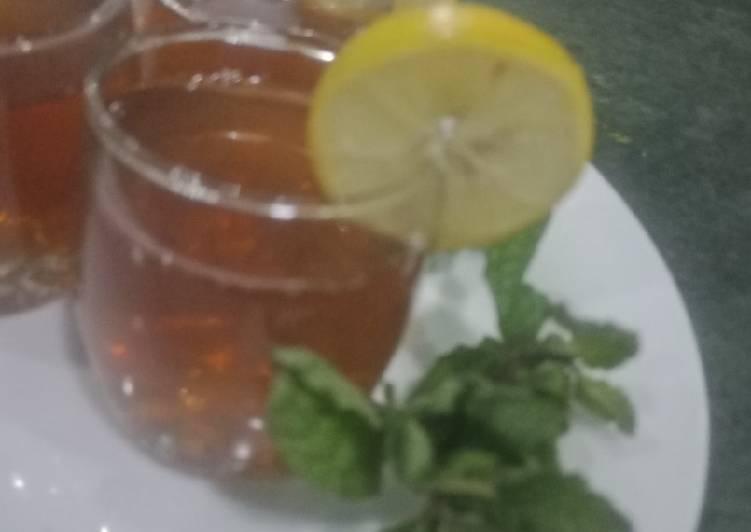 Recipe: Tasty Green tea with lemon