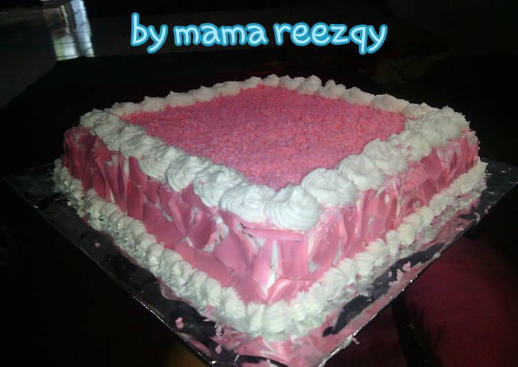 Resep Kue Ultah Coklat Sederhana Oleh Mama Reezqy Cookpad