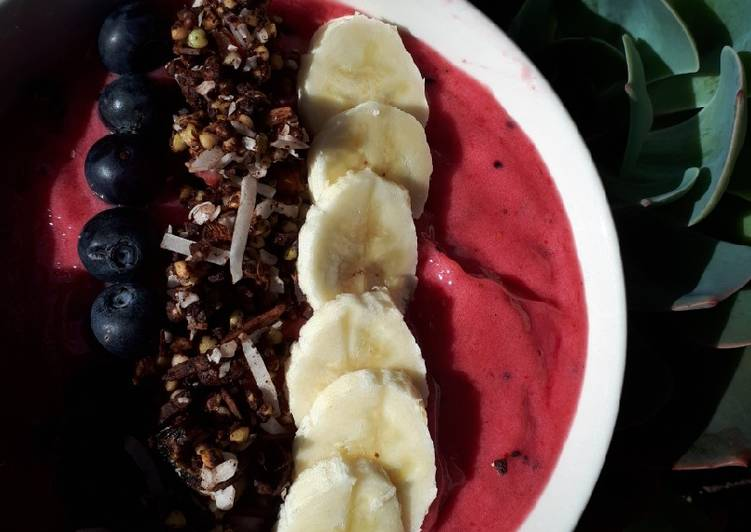 Recipe of Favorite Tropical smoothie bowl