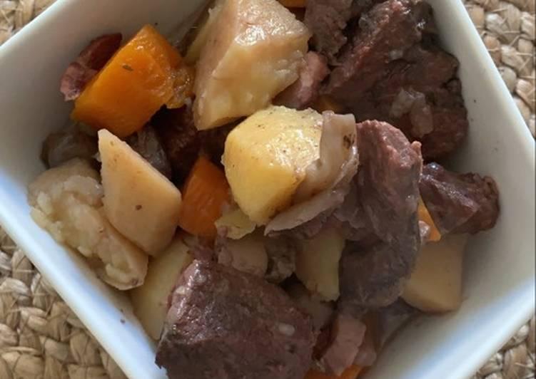 Recipe of Super Quick Homemade Bœuf bourguignon au Cookeo