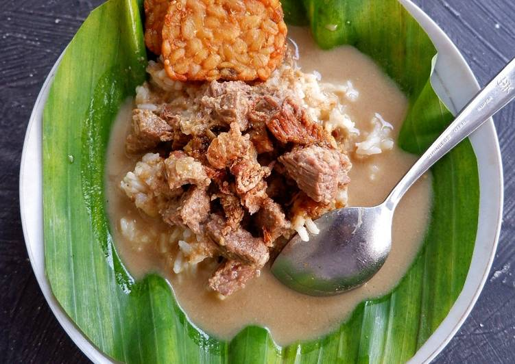 Nasi Gandul khas Pati tanpa kluwak