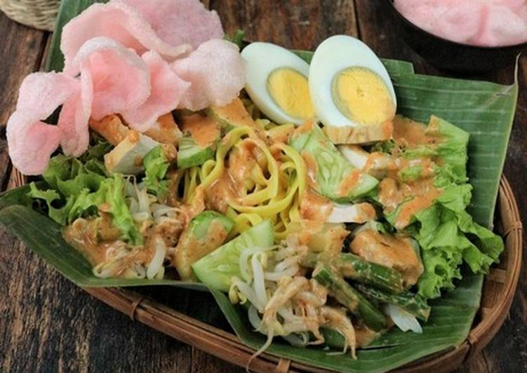 Recipe: Delicious Mom's Gado-gado Padang (Cooked Mixed Veges w/ Peanut sauce) 🇮🇩
