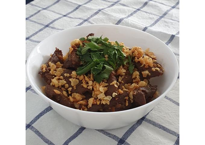 Thai Fried Beef with Garlic
