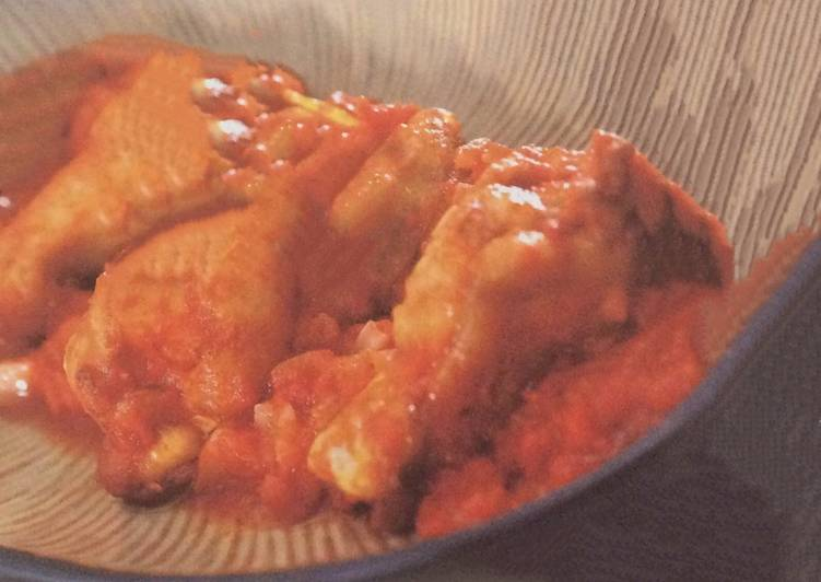 Braised chicken drumsticks with tomato