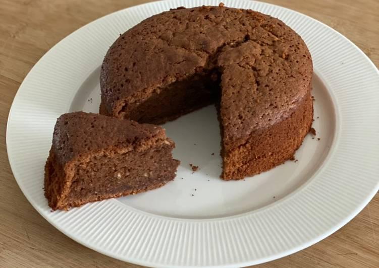 Gâteau moelleux au chocolat et à la noisette