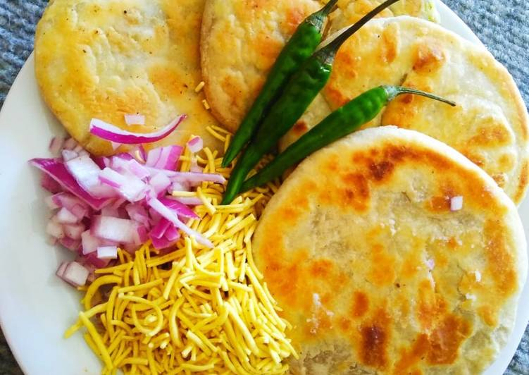 Famous Shegoan Kachori but tawa fried