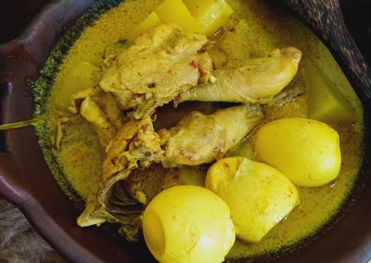 Kari Ayam Telor