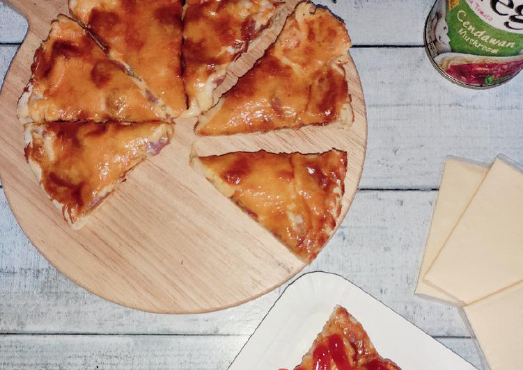 Resepi:  Simple Sausage Pizza  Dirumah