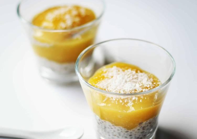 Pudding de chia au coulis de mangue