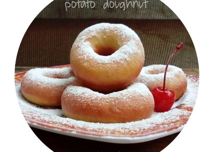 Cara Gampang Menyiapkan Potato Doughnut / Donat Kentang, Menggugah Selera