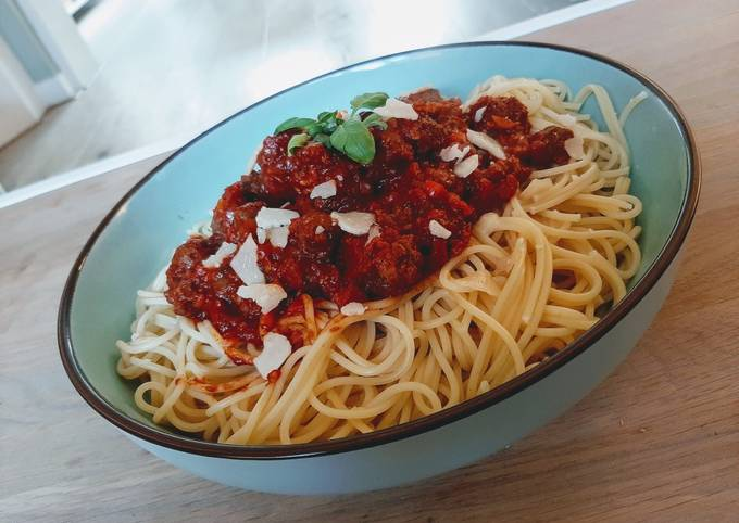 Chipolata and meatball bolognese