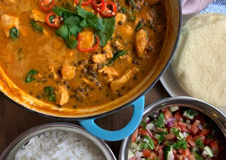 Steps to Make Favorite Chicken, spinach & brown lentil coconut curry