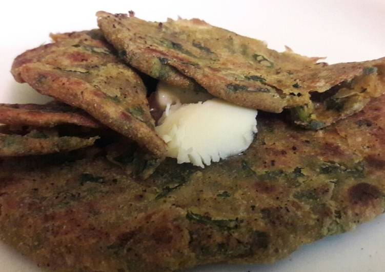 Flaxseed Palak Paratha - Laurie G Edwards