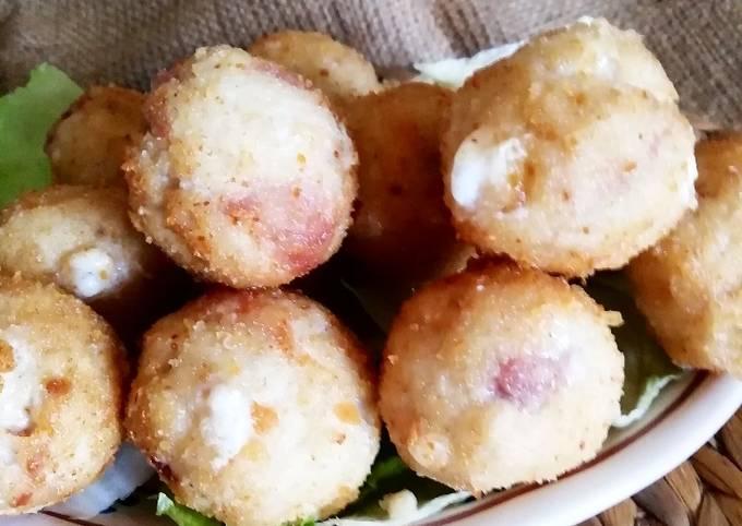 Polpette finger food di pollo con prosciutto crudo e provolone