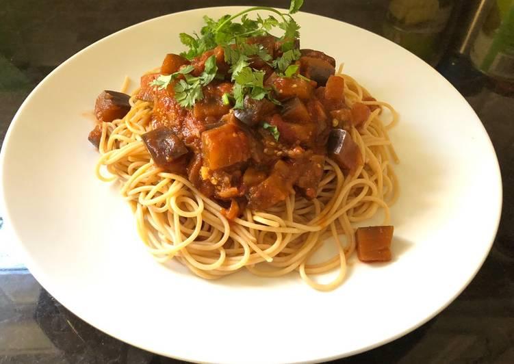 Easy spaghetti eggplant bolognese