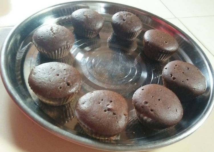 Eggless Chocolate Cup Cakes
