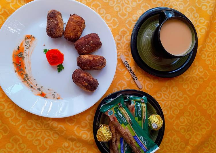 Gola Kabab with Tea & Snacks