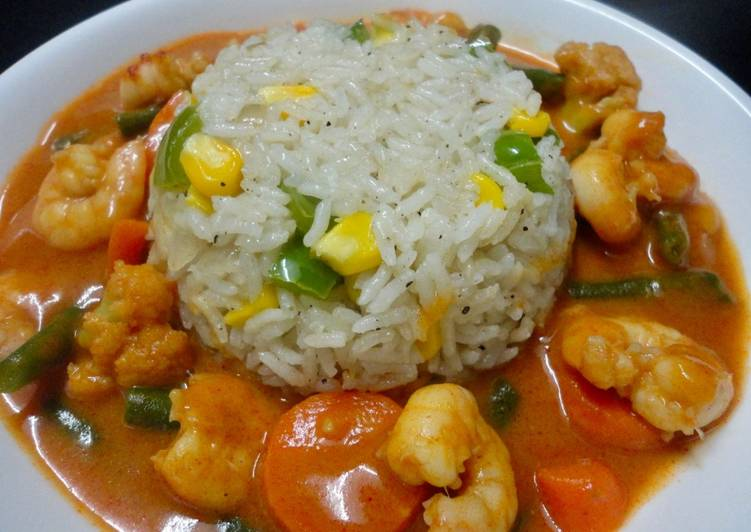 Recipe of Favorite Shrimps in Thai Red Curry