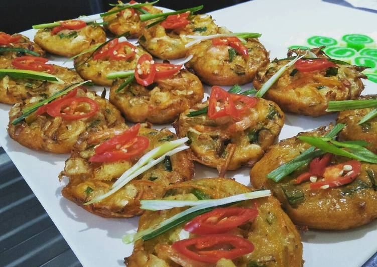 How to Make Speedy Vegetables and prawn fritters