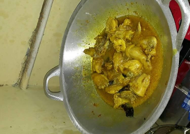 Resep Ayam Bumbu Kuning Oleh Amanda Devani Cookpad