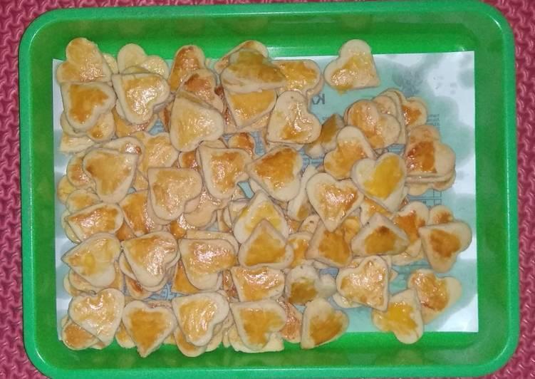 Kue kacang (simpel,enak, mrupul)