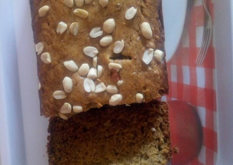 #bakeabread# Banana bread with groundnut topping