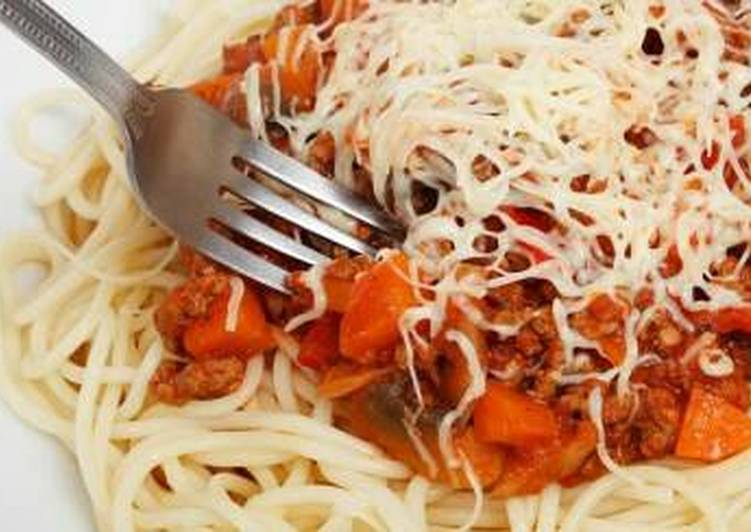 A delicious Pasta and bolognaise souce