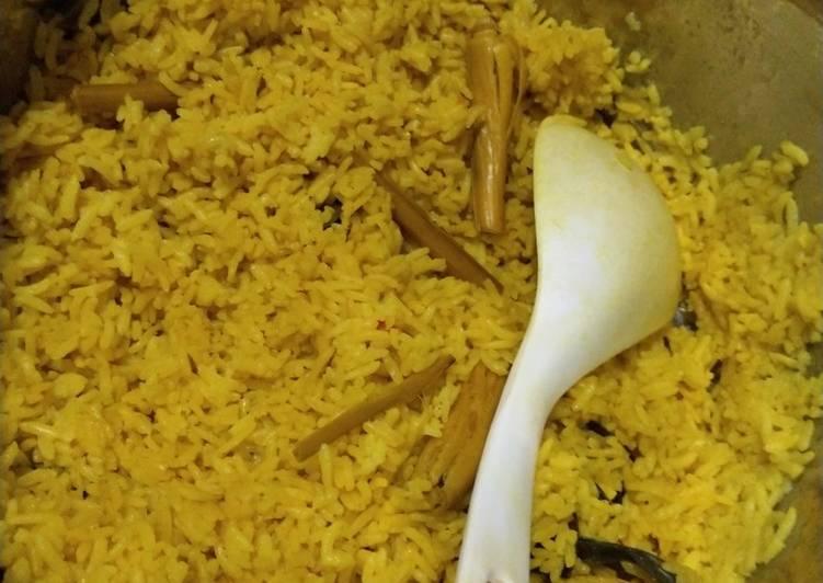 Nasi kuning - cookandrecipe.com