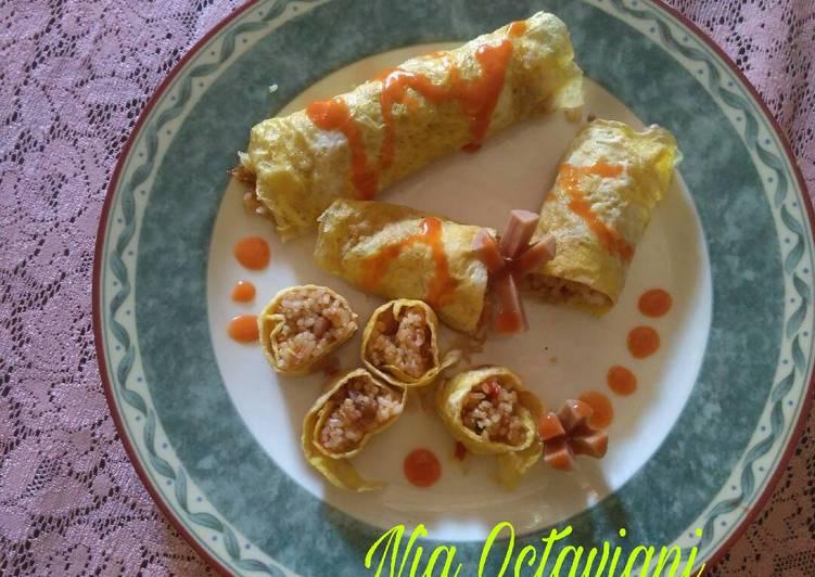 Nasi goreng gulung / omelet nasi goreng