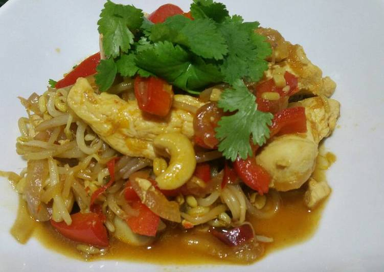 How to Prepare Comfortable Quick and tasty chicken and veg stir fry