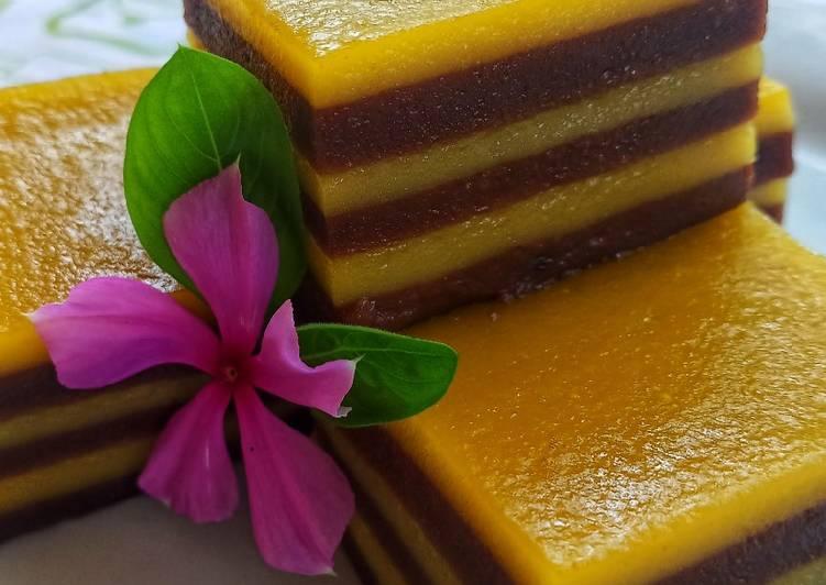 Kue Lapis Cokelat Labu Kuning